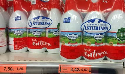 UHT-milk on sale in a Spanish supermarket