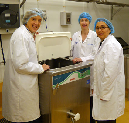 Joy Alexander and Rosemary McKee discuss gelato manufacture